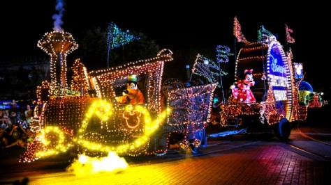 Main Street Electrical Parade 01