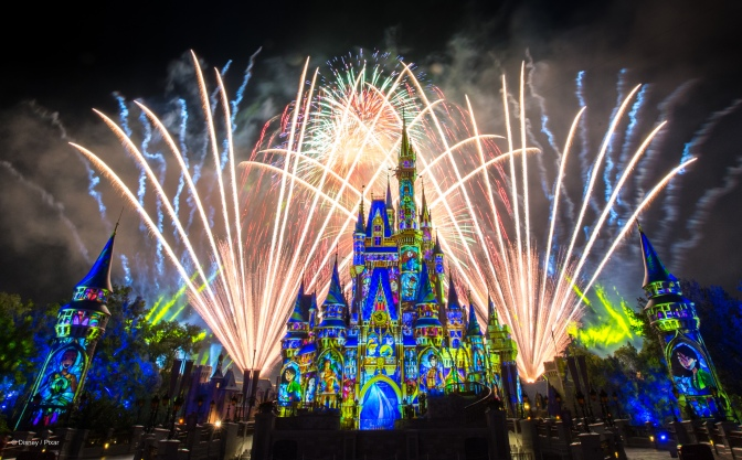 Confira o vídeo de Happily Ever After, o show de fogos do Magic Kingdom